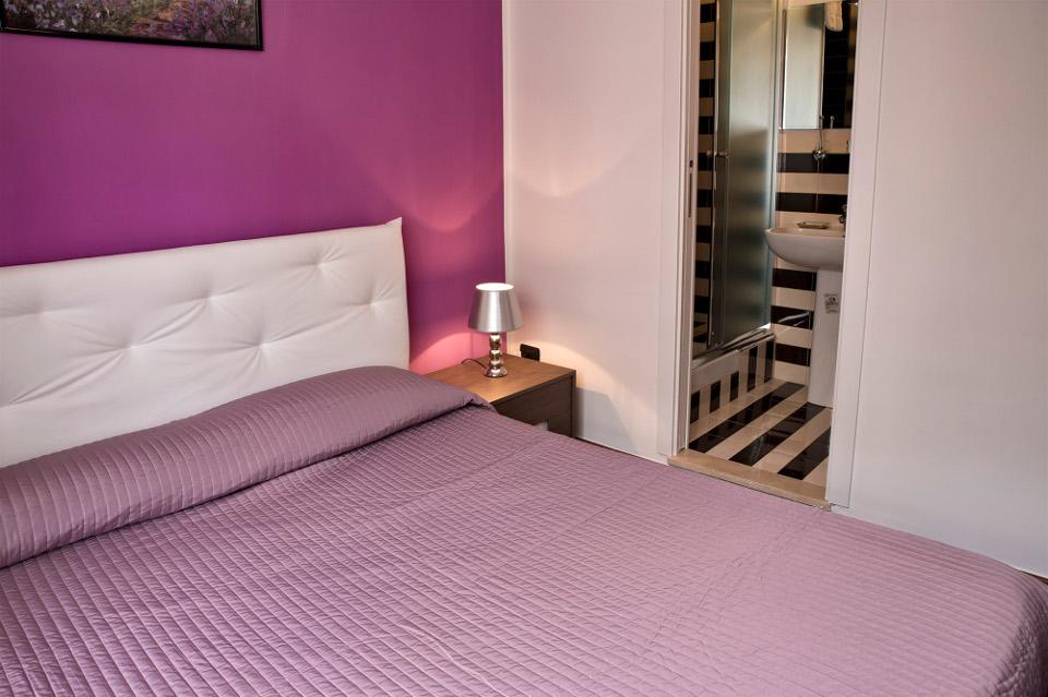 Camera Capri particolare letto